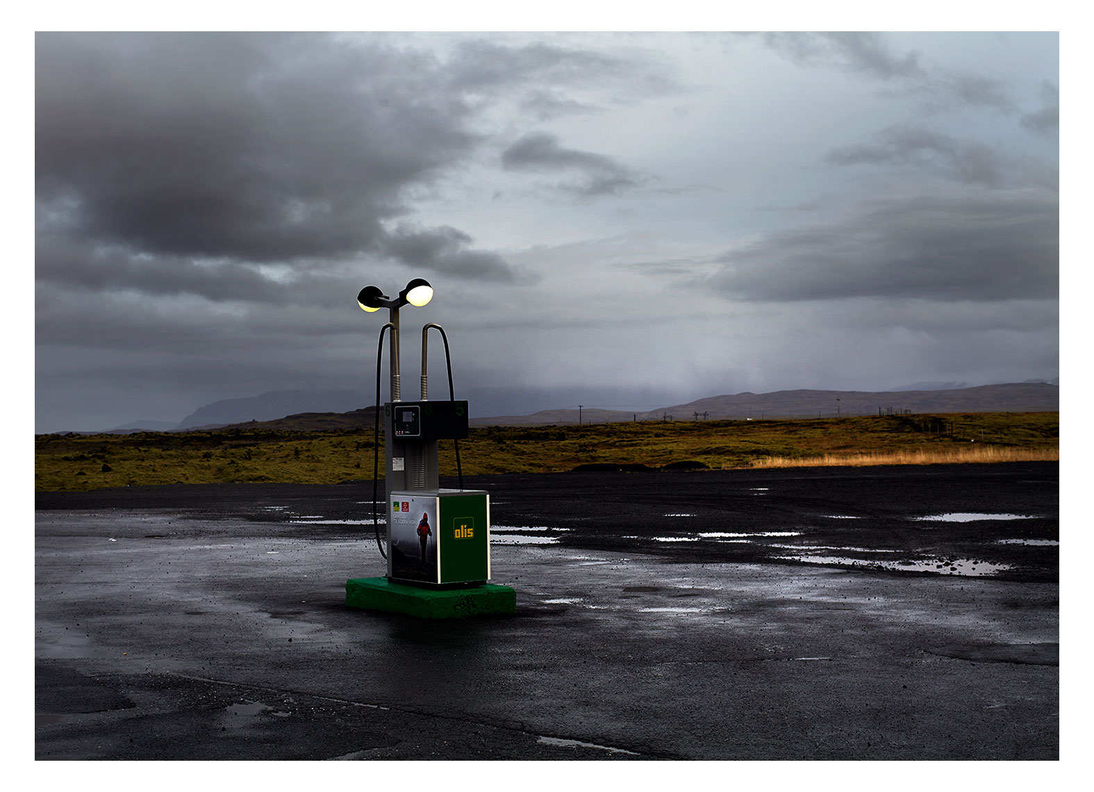 Iceland_Gas_Station